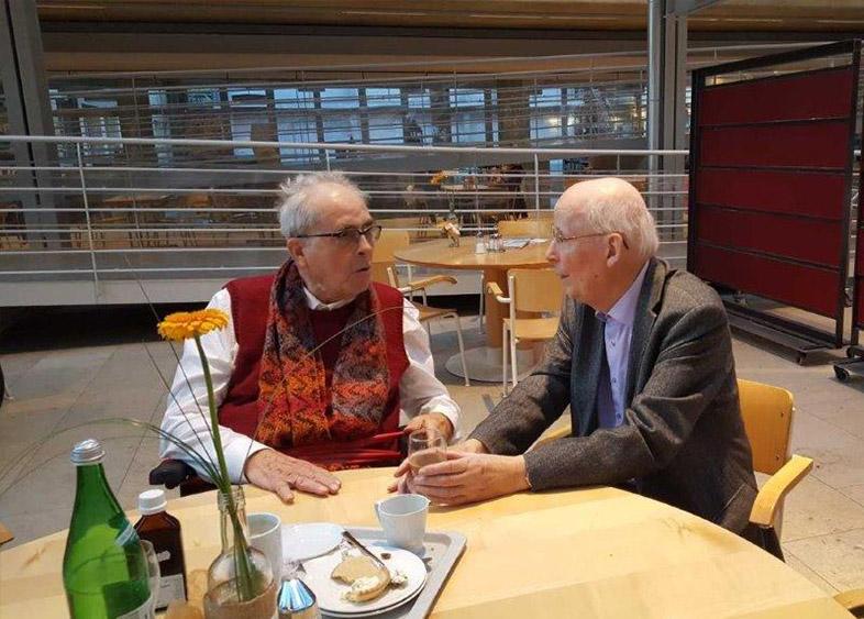 Georg mit Johannes Kiersch im Gespräch