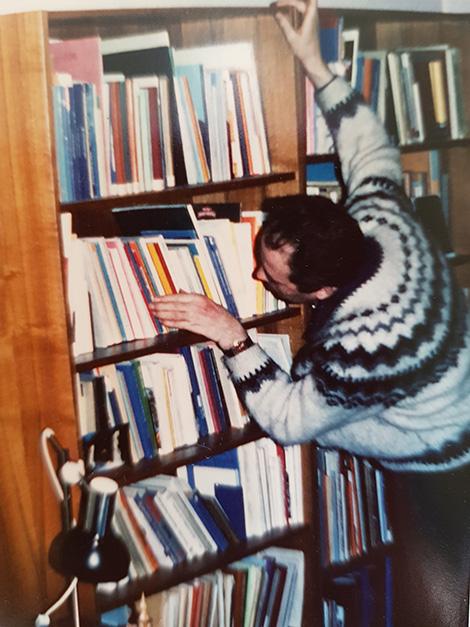 Georg hielt seine Bücher stets perfekt in Ordnung.